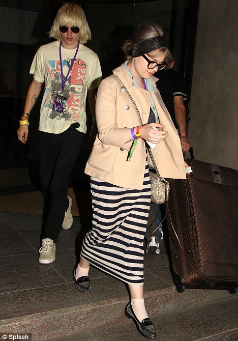 end relationship between kelly osbourne and luke worral