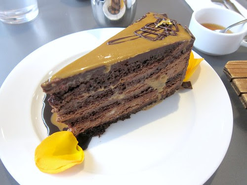 Extraordinary Dessert's Dulce de Leche Cake