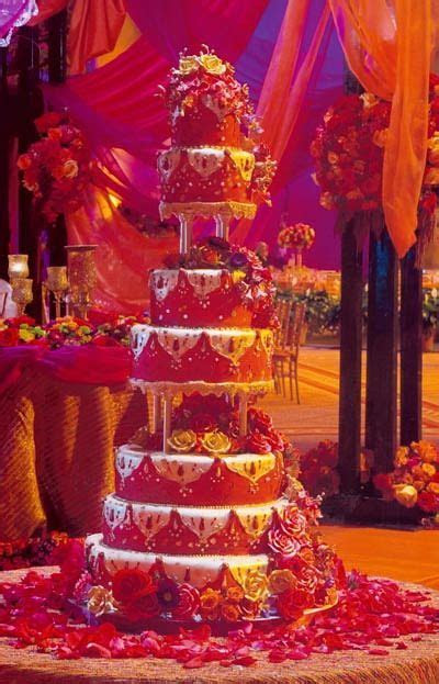 17 Best images about Indian Wedding Cakes   Creative