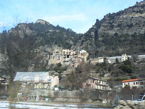 village perché.jpg