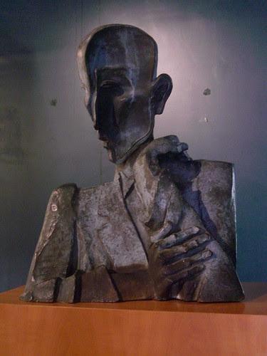 Buste de François Mauriac, Ossip Zadkine – Malagar  by Yvette Gauthier