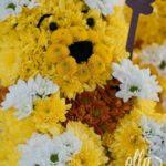 ursuletul-winnie-the-pooh-aranjament-floral-pe-burete-sculptat-manual