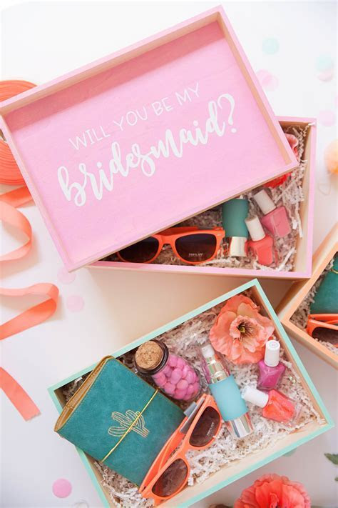 DIY BRIDESMAID GIFT BOXES   Tell Love and Party