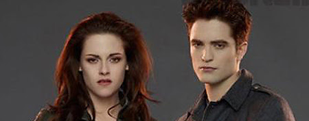 Kristen Stewart as Bella and Robert Pattinson as Edward Cullen (Summit Entertainment)