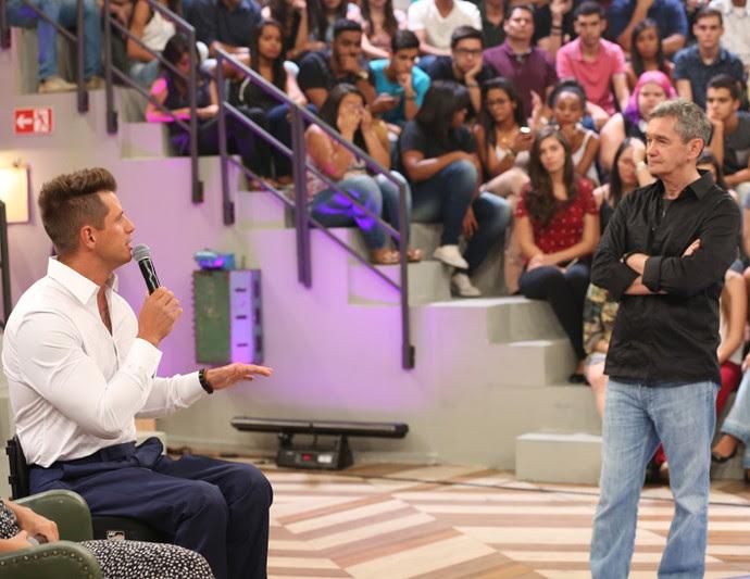 Fernando Fernandes conversa com Serginho Groisman (Foto: Carol Caminha/Gshow)