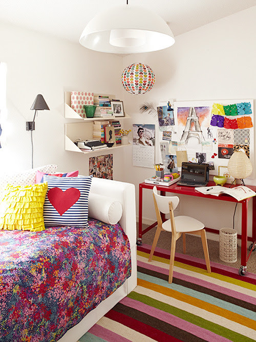 ebomonline:  Would have loved this room when I was fifteen!