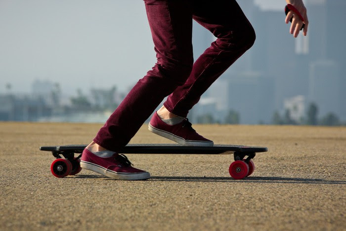 Monolith Is the First Electric Skateboard to Feature Hub Motors in the Rear Wheels  autoevolution