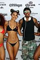nick cannon hosts pool party in vegas 04