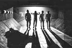 Film biasanya mempunyai pesan moral yang akan menginspirasi penonton  sehabis menyaksikanny 7 Film yang Menginspirasi Kejahatan