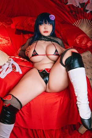 Hinata se tornou uma Akatsuki? Queenie Chuppy (@QueenieChuppy)