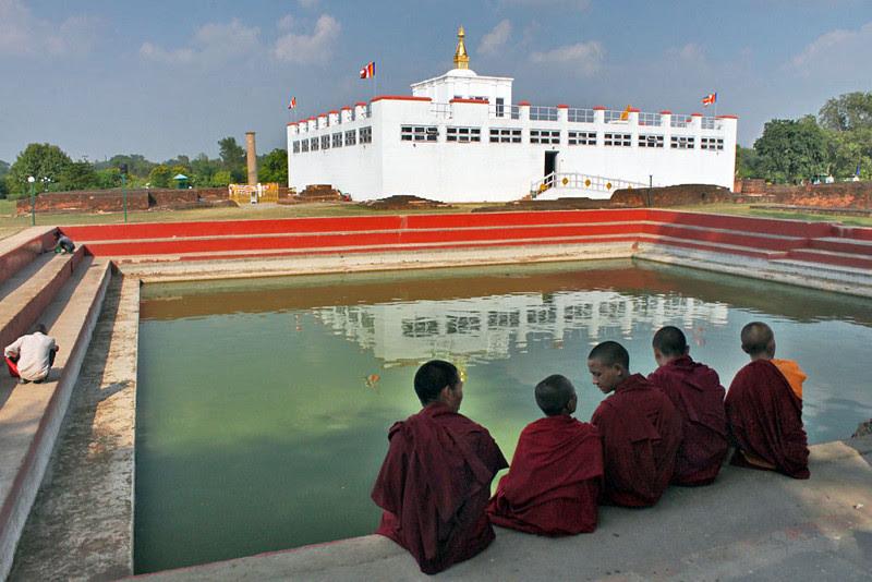 Photo Nepal Temple At Lumbini Birthplace Of Lord Buddha