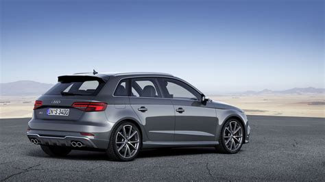 audi unveils    facelifts