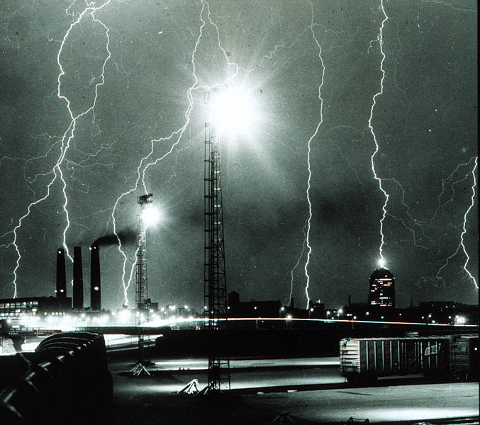 File:Lightning storm over Boston - NOAA.jpg