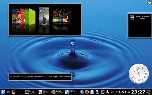 Plasmoids on KDE 4
