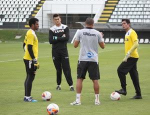 ABC - Gilvan, Saulo e William - goleiros (Foto: Divulgação/ABC)