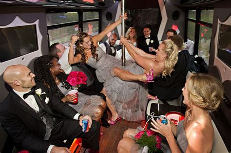 Wedding Party Bus Ft Lauderdale   TOP 5 WEDDING PARTY BUSES