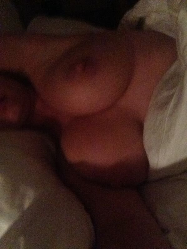 Kelly-Brook-Naked-New-Leaked-Kanoni-4