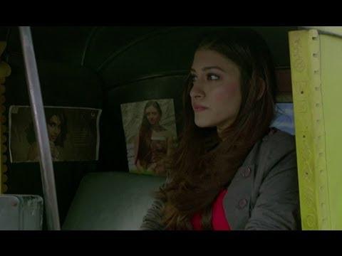 Kainaz Motivala Threatens A Rickshaw Driver - Challo Driver