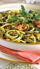 spaghetti alle noci e pinoli.jpg