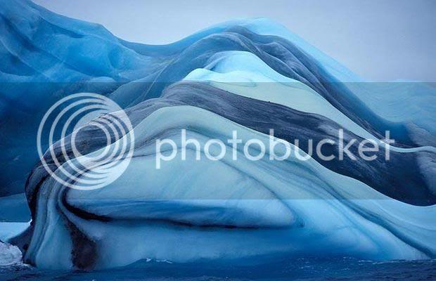 Gunung Es Bergaris