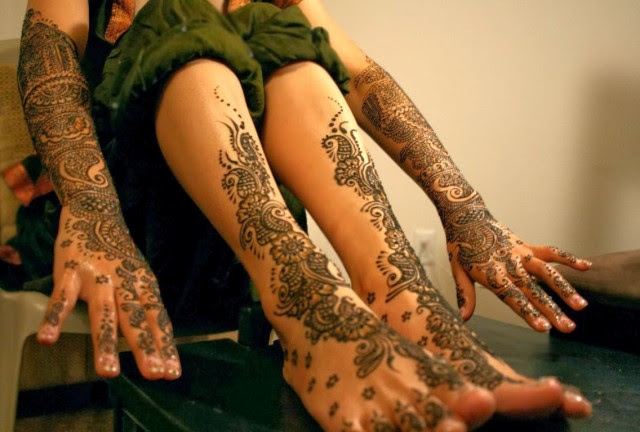 Full-Hand-Foot-Mehndi-Design-Picture-New-Indian-Pakistani-Mehndi-Patterns-for-Girls-Womens-1