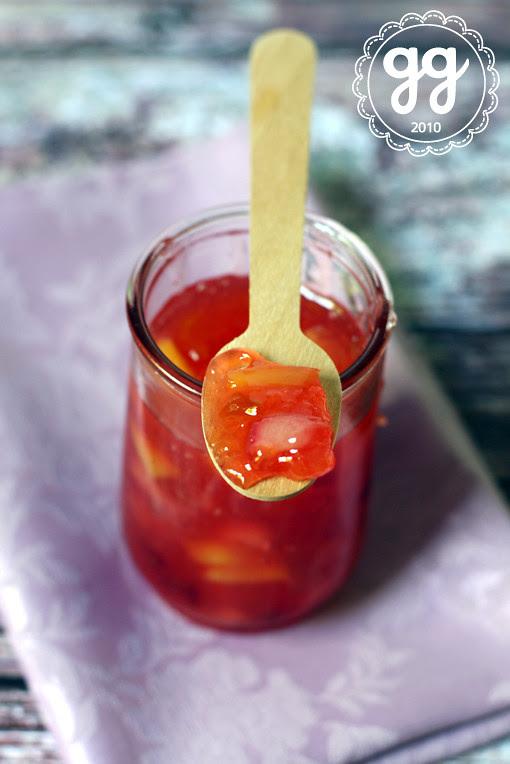confettura di prugne, pesche e mango