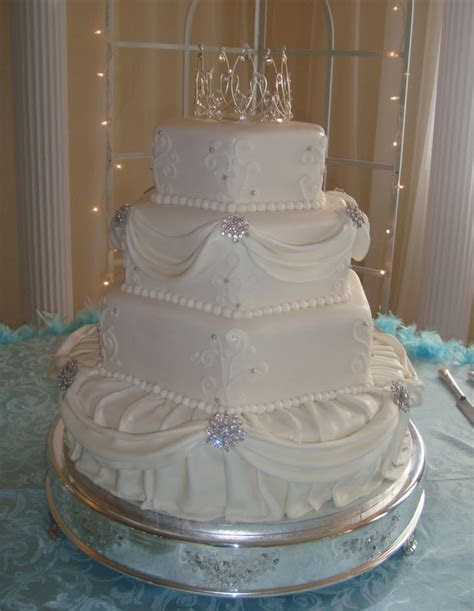 Hexagon And Round 4 Tier Elegant Wedding Cake