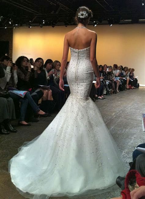 Wedding Dress Shopping: How To Make The Experience Less