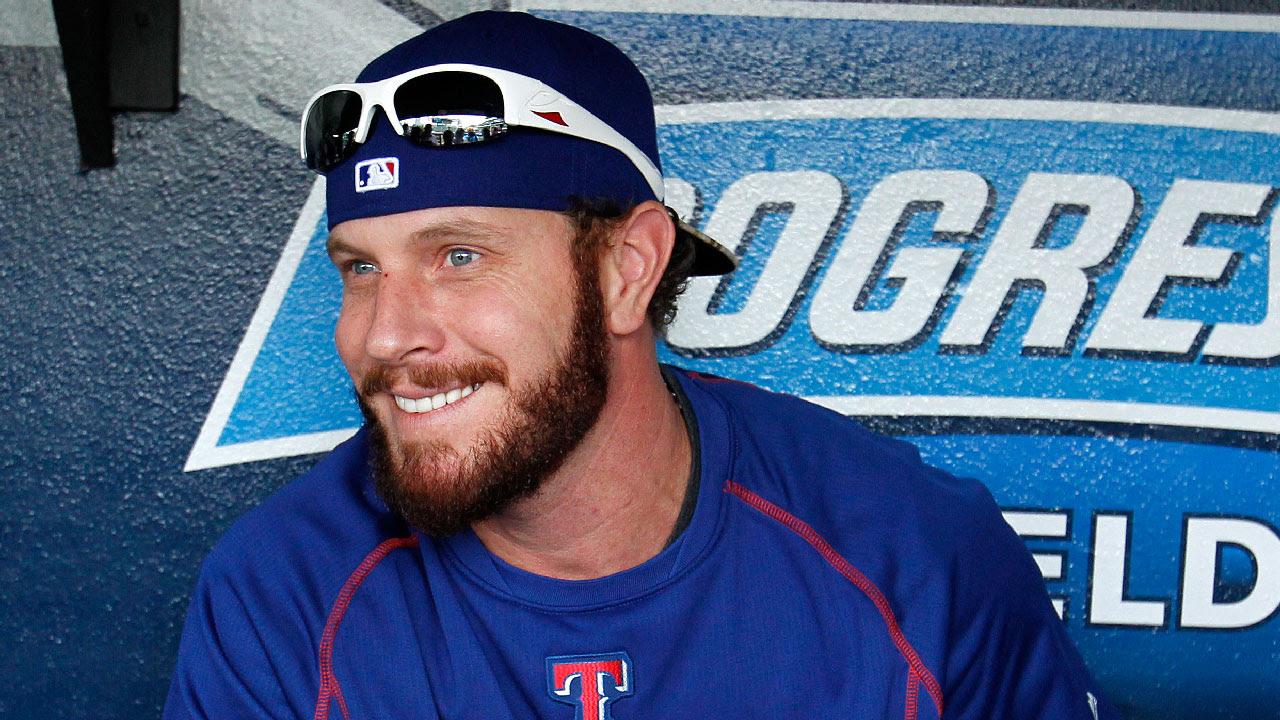 Josh Hamilton regresa a la alineación de Rangers