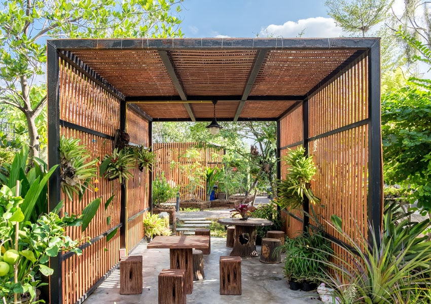 beautiful modern slat pergola