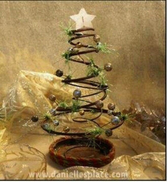 Rusty bed spring Christmas tree | CHRISTmas | Pinterest