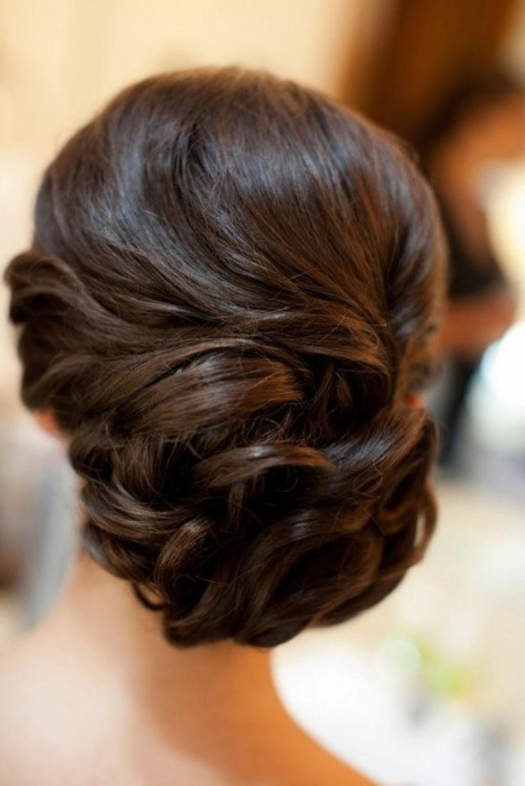 20 Long Curls Hairstyles for Weddings You Can Do At Home ...