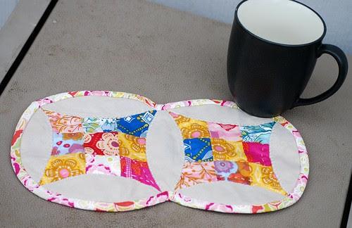 scrappy mug rug