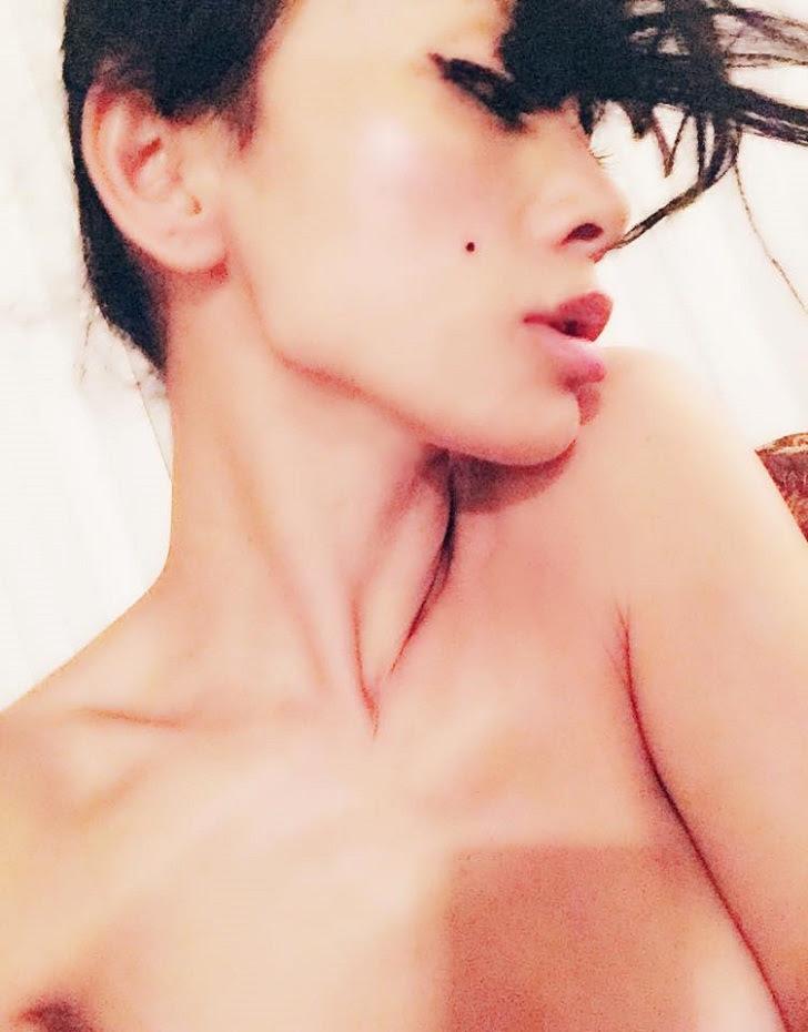 48-летняя актриса Бай Лин выглядит краше многих 25-летних!