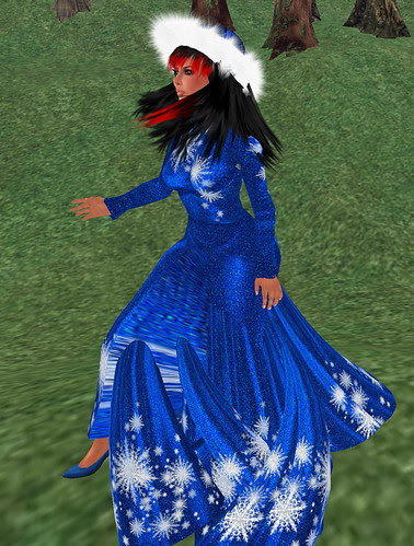Nicky Ree Snow Flake Long Dress in Blue December 15 2010