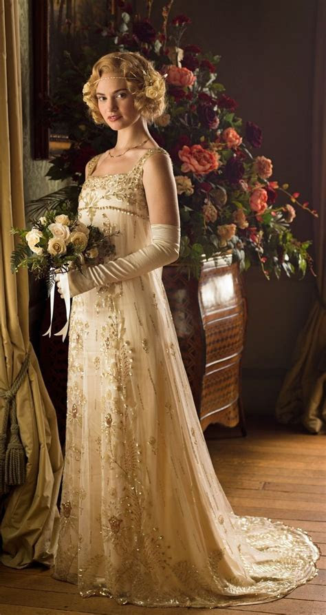 Lady Rose wearing her gorgeous wedding dress   Downton