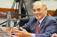 Deputado evangélico fará parte de comissão que analisa projeto de Jean Wyllys para a legalização da prostituição