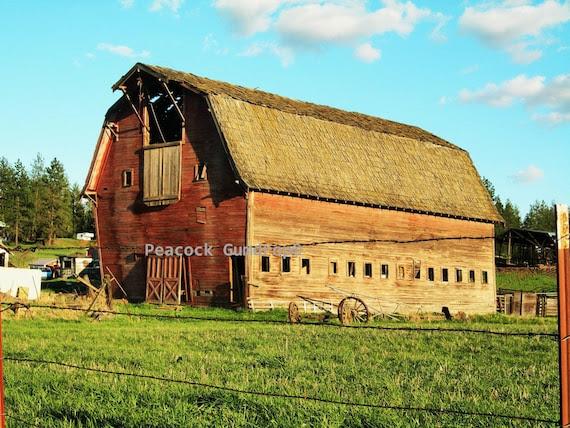 Beautiful,Colorful Barn photo - 8 x 10 frame Print Art Photography