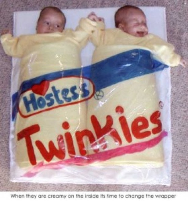 20 Of The Funniest Costumes Twin Kids Can Wear At Halloween
