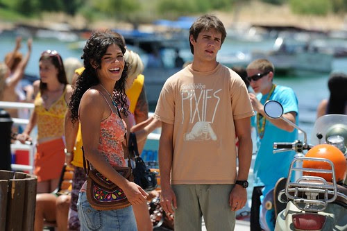 photo-Piranha-3-D-2009-1