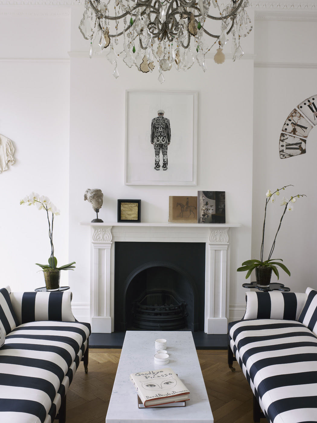 HOME TOUR : Harriet Anstruther's bright and modern 1840s London