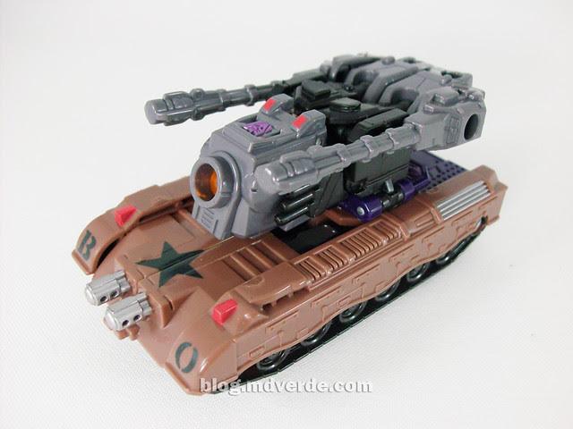 Transformers Blast Off Universe Scout - modo alterno
