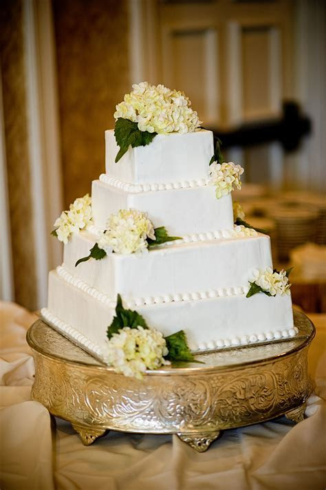 Simple square wedding cake. Traditional Southern pound