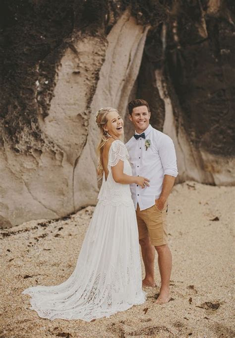 How To Dress Up For A Hot Weather Wedding: 30 Ideas