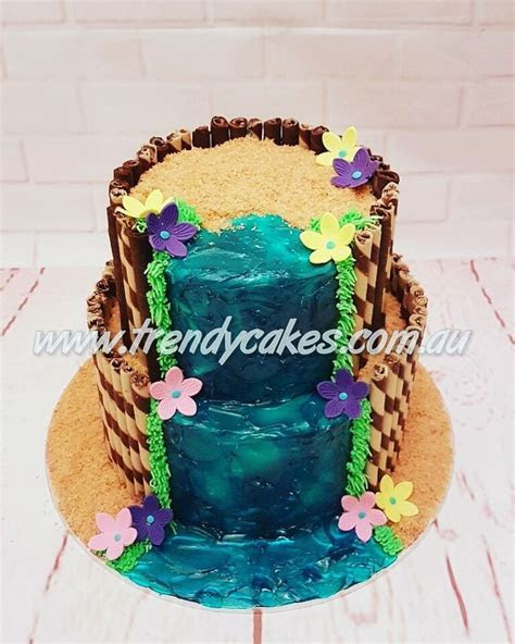 25  best ideas about Waterfall cake on Pinterest   Orange