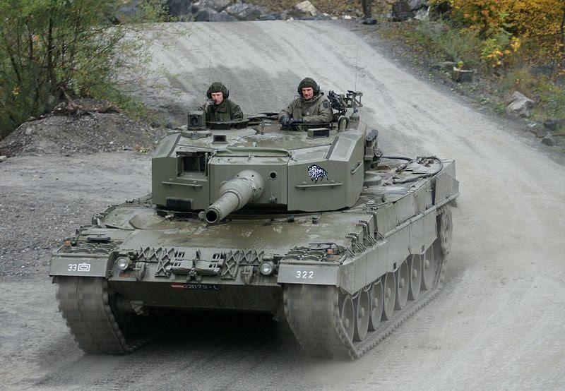 File:Leopard 2A4 Austria 4.JPG