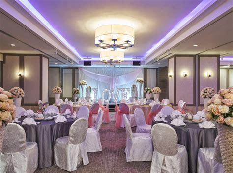 Hotel Wedding Venue   Grand Mercure Singapore   Poolside