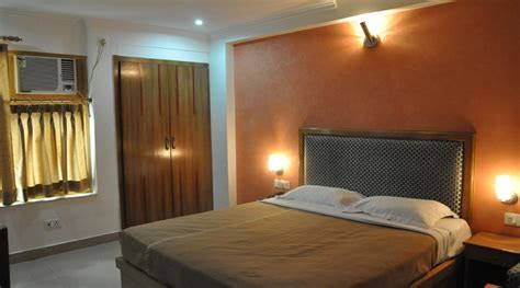 Best Price on Hotel Calista Dehradun in Dehradun up to 40%