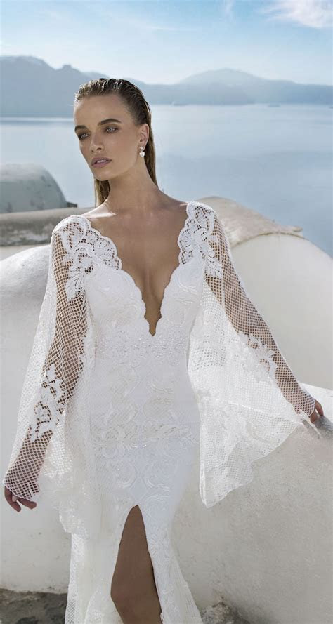 Julie Vino 2016 ? Santorini Collection   Belle The Magazine
