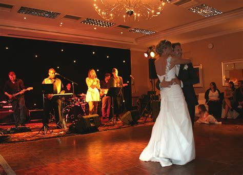 Weddings and Bands in Kent   Earcandy